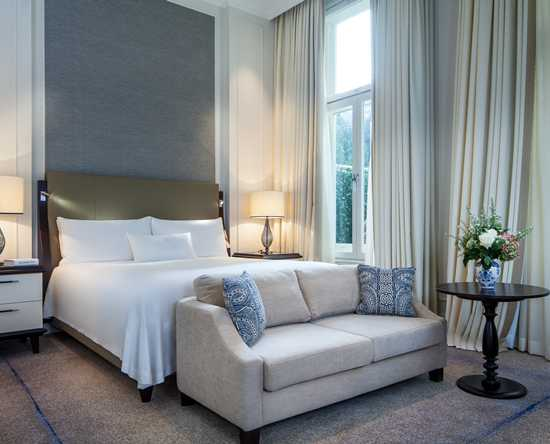 Hotel Waldorf Astoria Amsterdam, Paesi Bassi - CAMERA SUPERIOR PLUS CON LETTO KING SIZE