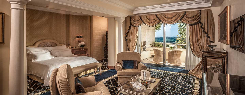 Rome Cavalieri, A Waldorf Astoria Resort, Italia - Suite Alcove