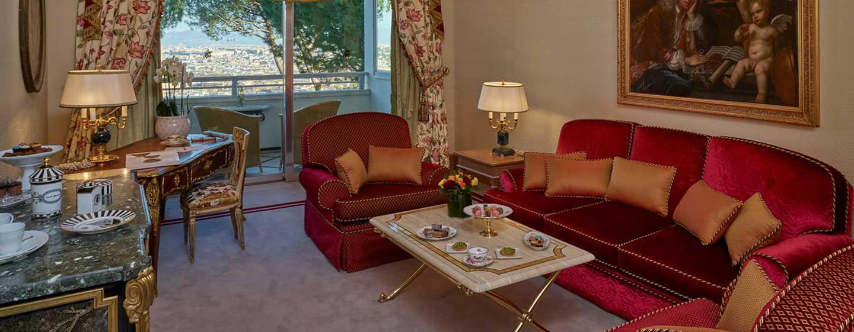 Rome Cavalieri, A Waldorf Astoria Resort, Italia - Soggiorno della Corner Suite