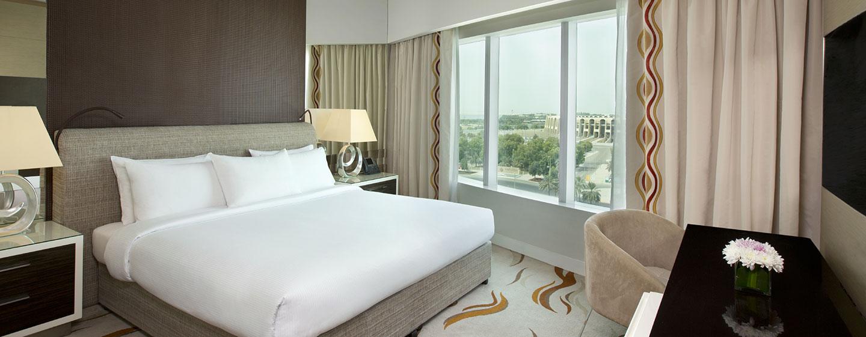 Hotel Hilton Capital Grand Abu Dhabi, EAU - Suite con una camera da letto con letto king size