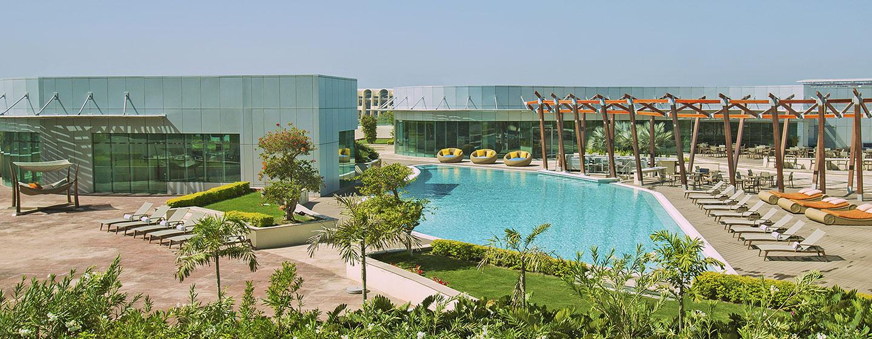 Hotel Hilton Capital Grand Abu Dhabi, EAU - Camera Deluxe con vista piscina