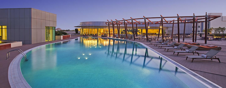 Hotel Hilton Capital Grand Abu Dhabi, EAU - Piscina esterna