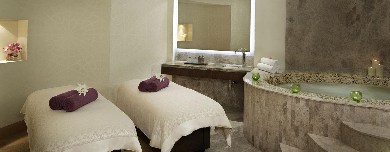 Hotel Hilton Capital Grand Abu Dhabi, EAU - Sala per trattamenti spa di coppia