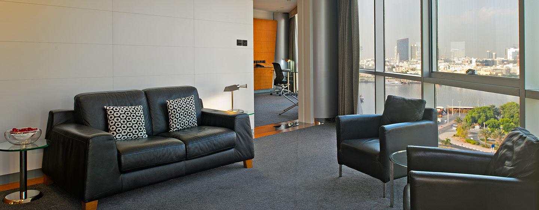 Hotels a dubai hilton dubai creek hotel emirati arabi for Soggiorno dubai