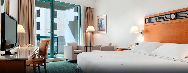 Hilton Dubai Jumeirah, Dubai, Emirati Arabi Uniti - Camera Deluxe con letto king size