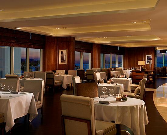 Waldorf Astoria Dubai Palm Jumeirah, Emirati Arabi Uniti - Social by Heinz Beck