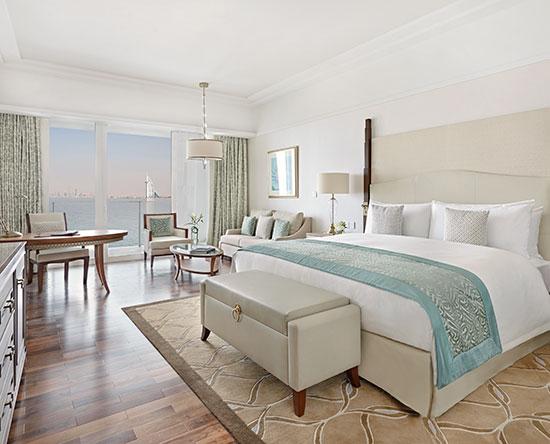 Hotel Waldorf Astoria Dubai Palm Jumeirah, EAU - Camera Deluxe con letto king size - Vista sullo skyline/vista mare