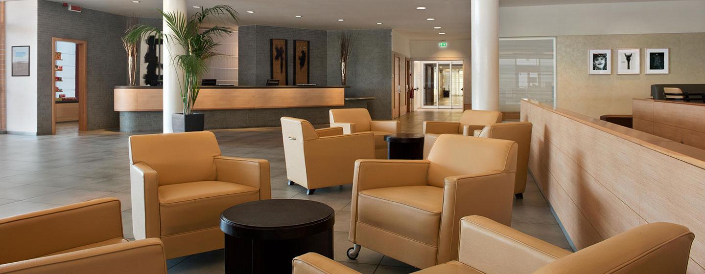 Hotel Hilton Garden Inn Rome Airport, Italia - Lobby