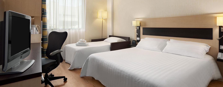 Hotel Hilton Garden Inn Rome Airport, Italia - Camera tripla standard