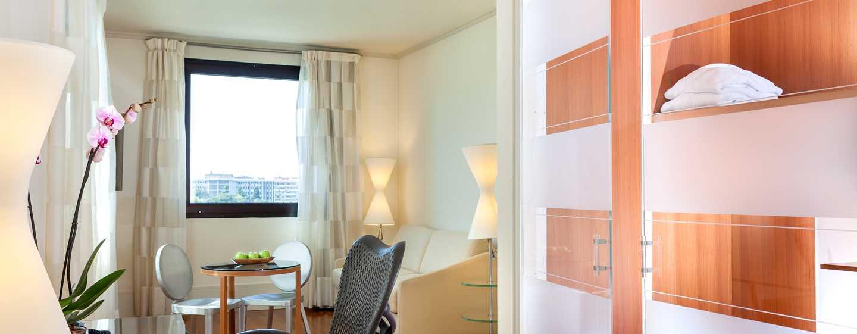 Hotel Hilton Garden Inn Florence Novoli, Italia - Zona soggiorno della suite