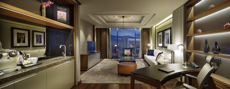 Hilton Istanbul Bomonti Hotel & Conference Center, Turchia - Zona soggiorno della Suite Bomonti