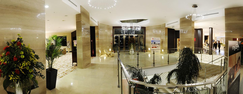 Hotel Hilton Garden Inn Lecce, Italia - Atrio e scale