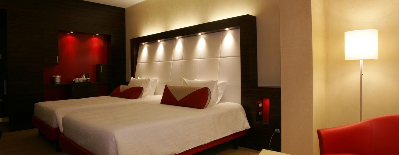 Hotel Hilton Garden Inn Lecce, Italia - Camera Deluxe Evolution con due letti matrimoniali