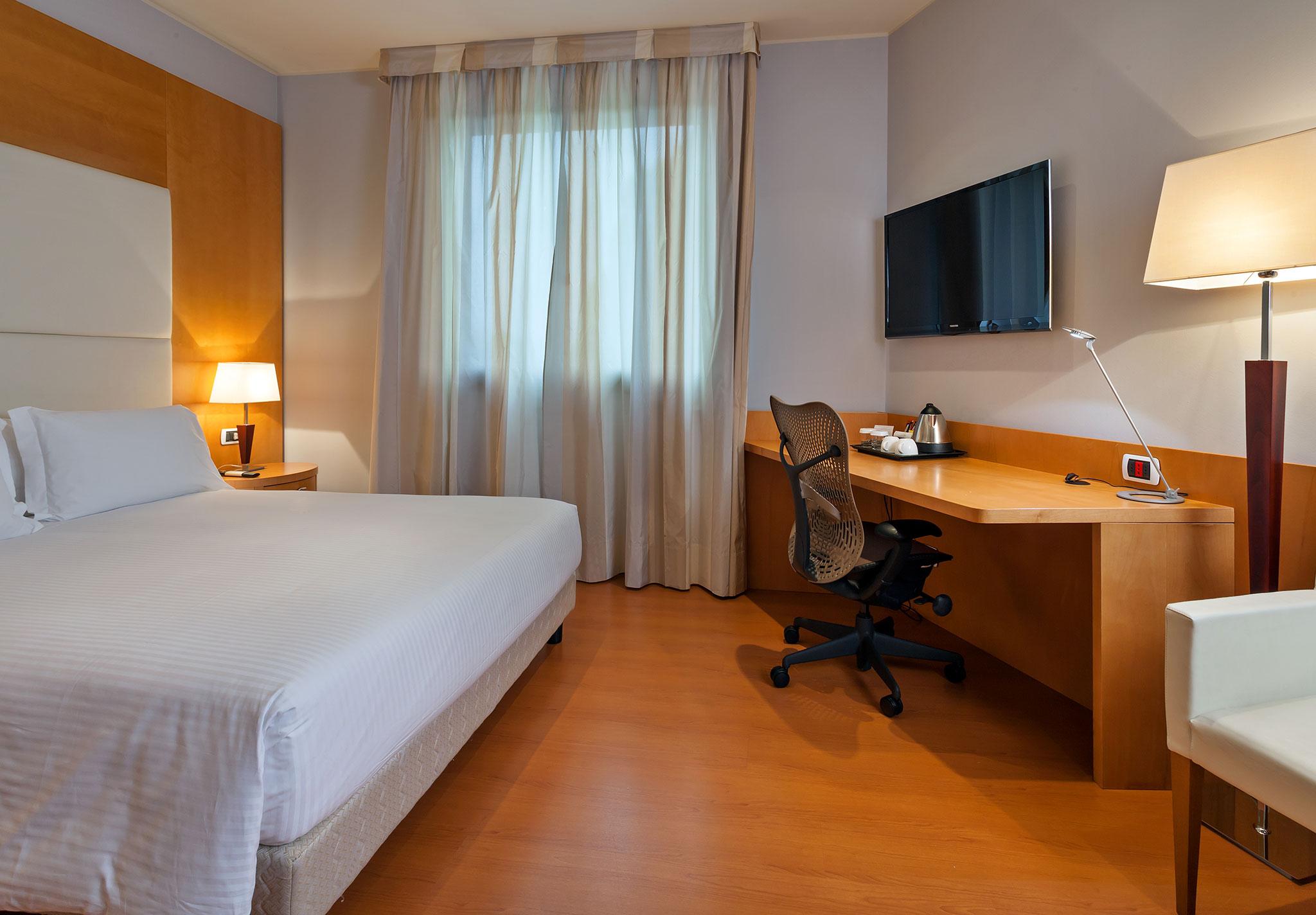 Hotel all 39 aeroporto di milano hilton garden inn hotel for Hotel hilton milano