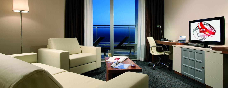 Olbia hotel in sardegna doubletree by hilton hotel for Piani di aggiunta suite suocera