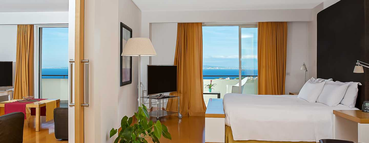 Hilton Sorrento Palace, Italia - Suite Executive con letto king size