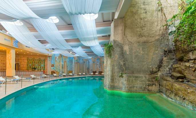 Hilton Sorrento Palace, Italia - Piscina interna