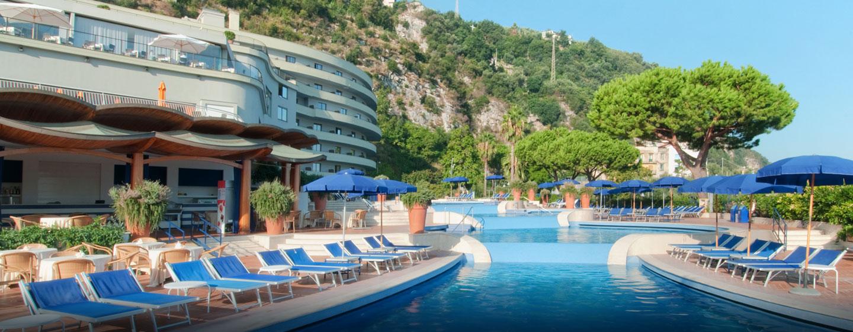 Hilton Sorrento Palace, Italia - Piscina esterna