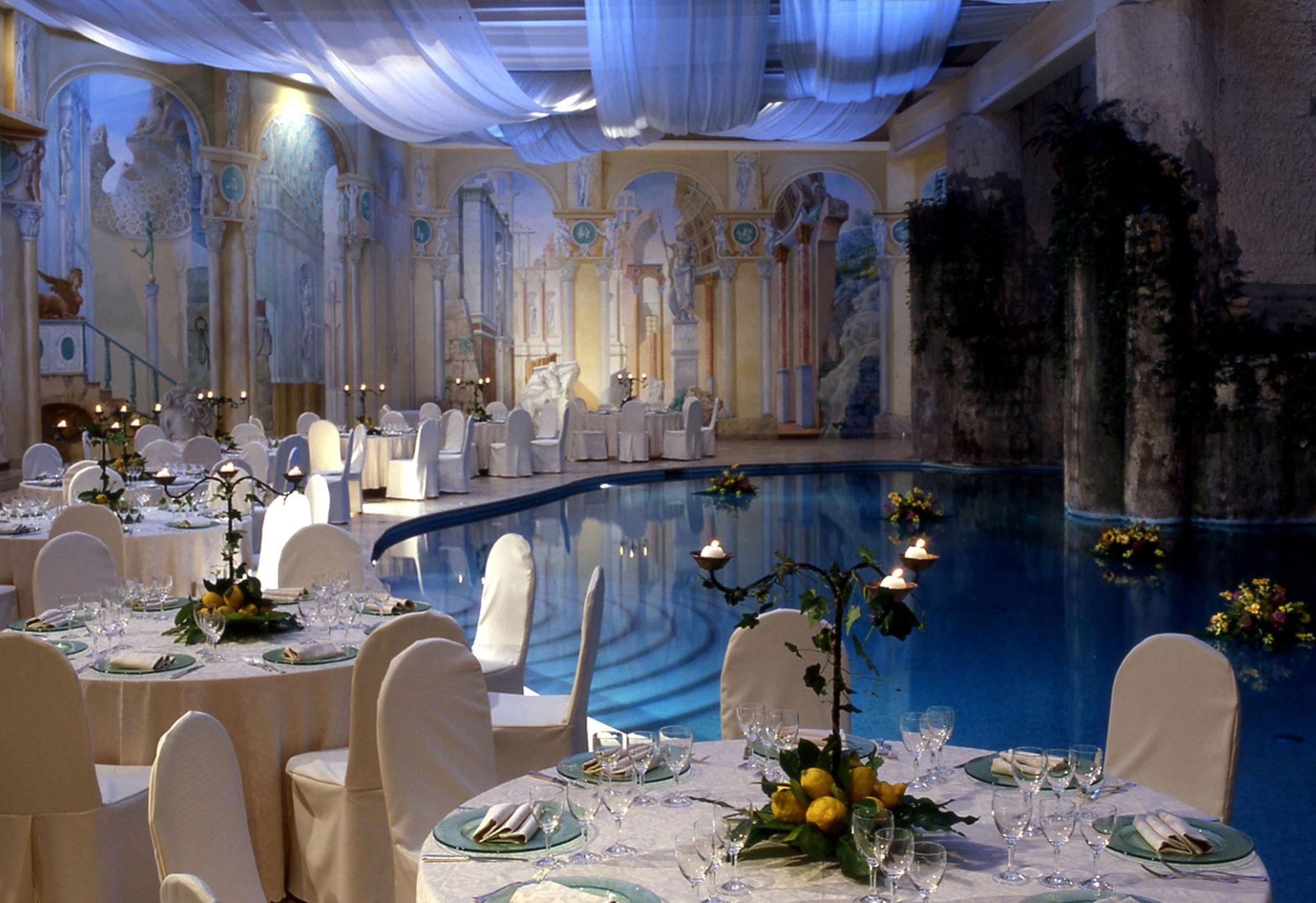 Hilton Sorrento Palace, Italia - Allestimento con tavoli della sala Le Ginestre