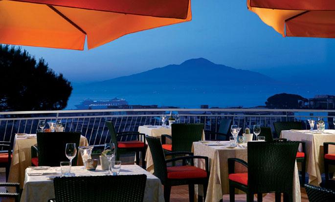 Hilton Sorrento Palace, Italia - Terrazza del ristorante Sorrento