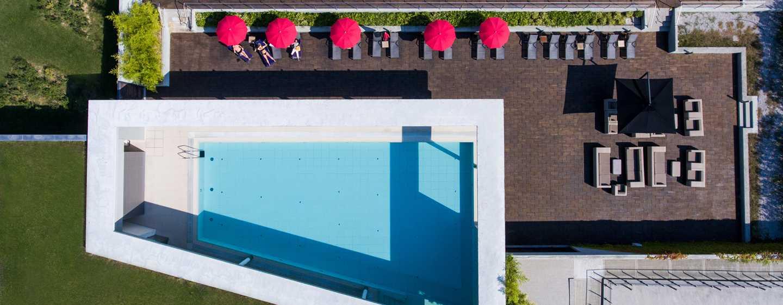DoubleTree by Hilton Hotel Venice - North, Italia - Panoramica della piscina